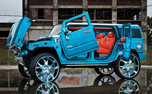 Rides cars Hummer H2 Midwest Customs
