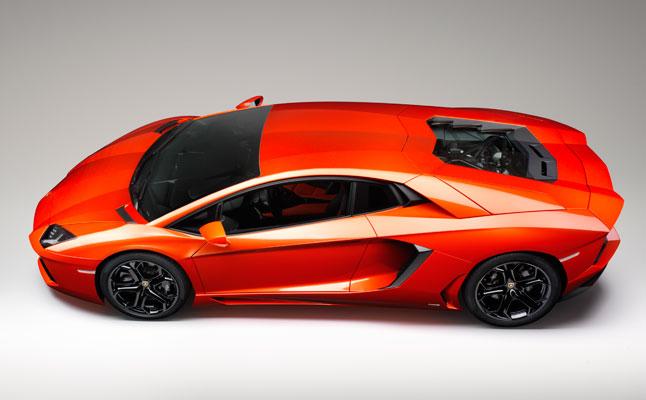 rides cars Lamborghini Aventador LP700-4