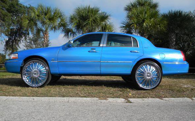 rides cars michael gant lincoln town car blue