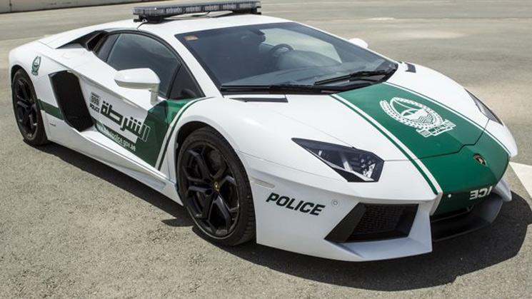 lamborghini aventador dubai uae police cop fuzz car