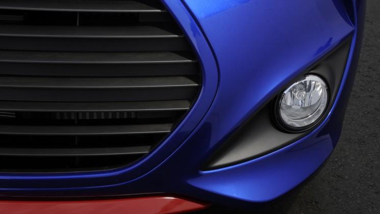 rides magazine 2014 hyundai veloster turbo r-spec elantra 2015 tuscon fuel cell la auto show los angeles international