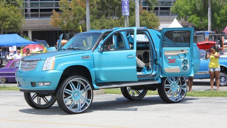 cadillac escalade ext miami auto fest best of show rides magazine asanti muv customs