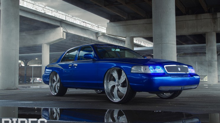 Crown Victoria, Ford, RIDES, Custom